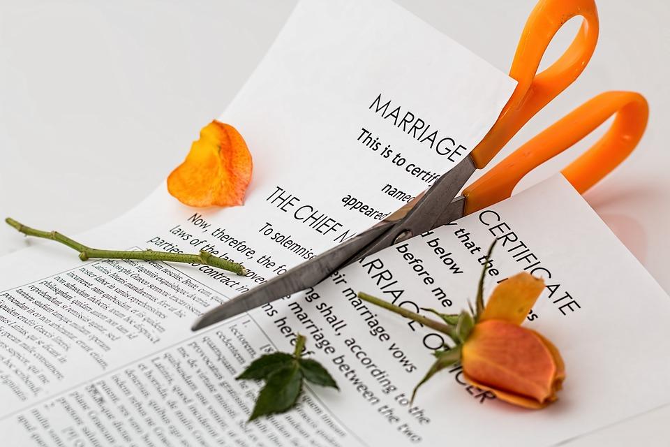 3 manieren om een scheiding te voorkomen na vreemdgaan